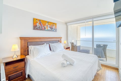 Sunset View 1BR W/ Pool, Wifi, TV, Parking & Gym