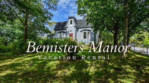 Bemister's Manor- Historic  Home from the 1870's