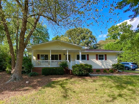 Great location!  Cozy, updated, clean & spacious!