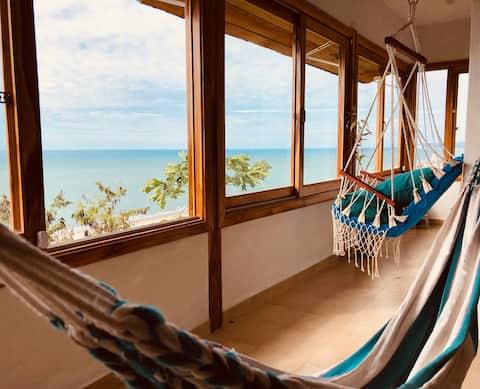 Hermoso loft con jacuzzi y vista 180 al mar