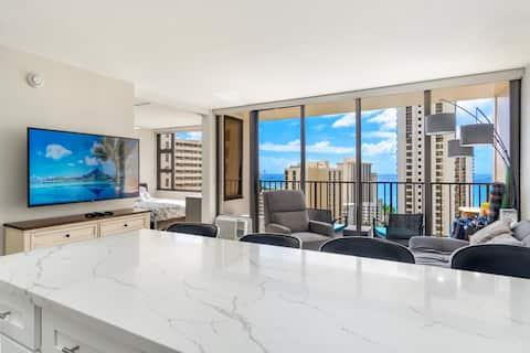 Luxurious High Floor Ocean View 1-Bedroom Condo