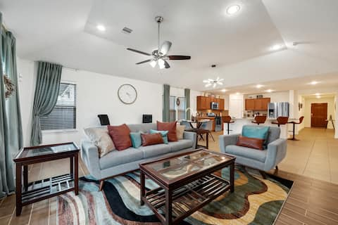 Beautiful & cozy vacation home in Spring Texas.