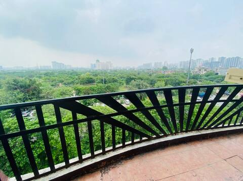 BEAUTIFUL THREE BEDROOM APARTMENT!! WITH NICE VIEW