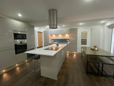 Barwood in central Ambleside, spacious & modern