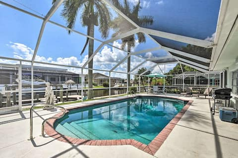 Beautiful Canal-Front Home Heated Pool Large Lanai