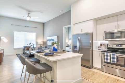 Luxury Space in the Heart of Uptown Dallas