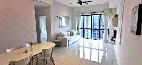 Family 3-Bedroom Vacation Stay Near Bandar Sunway