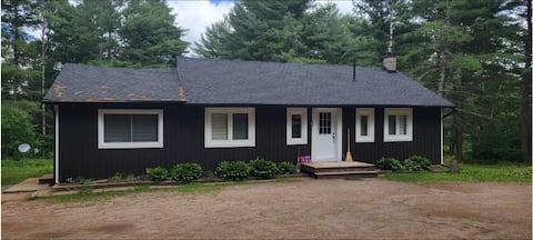 Cozy Cottage in the heart of Muskoka, Lake of Bays