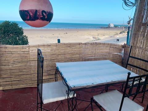 Achkid B & B - Front Beach Hotel & Restaurant Room 2