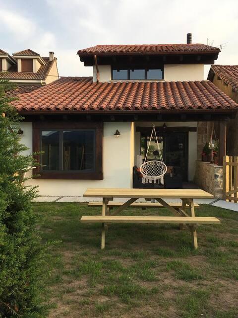 """Casa Rural """"Los Abuelos"""" a los pies del Sueve"""