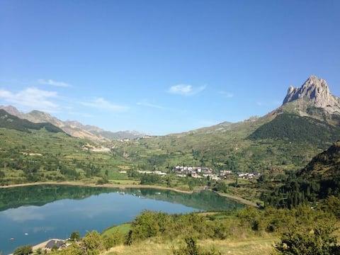 Vistas! View Apartment Sallent de Gallego Pyrenees