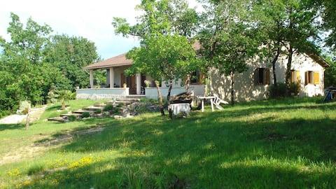 maison 43m2 terrasse grand jardin proche Cahors