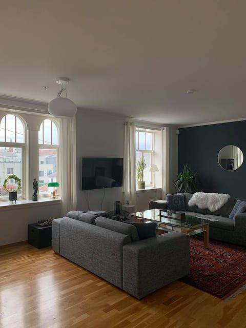 Big comfy apartment in the heart of Haugesund