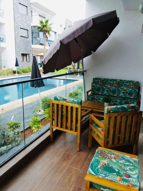 Garden Bay: Bel appartement avec piscine et plage