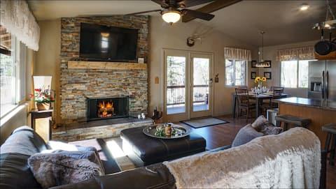 Peaceful Pinetop Lakes Cabin Retreat