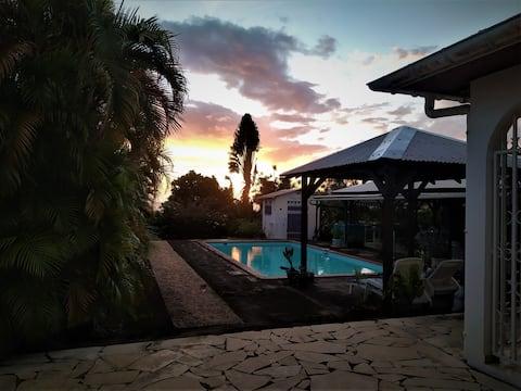 La Villa Polyphème - Bungalow Copihue