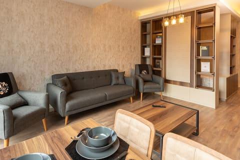 Elegant Family Studio - accross Mall of Istanbul