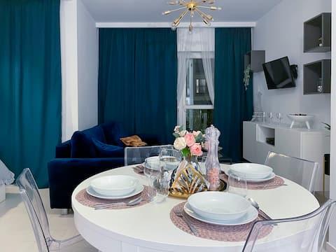 Przytulny apartament z tarasem obok Chopin Airport
