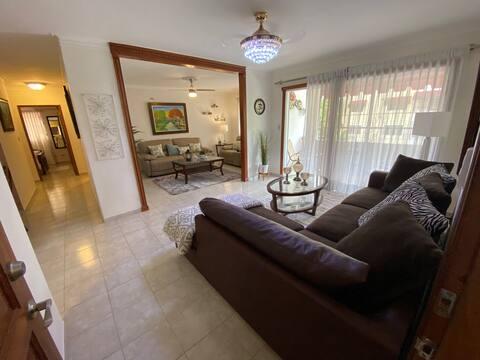 Hermoso y Acogedor Apartamento en Santo Domingo