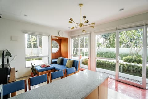 Big Family Villa with open space, Coney Ville