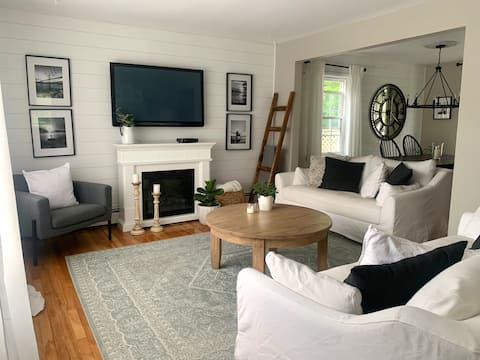 Warm 3-Bedroom Home with Private Backyard