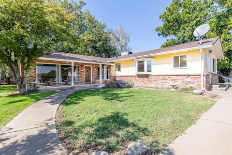 NEW! 3 bedroom HORSE property home.