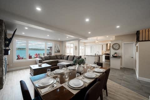 Luxury 4 Season Waterfront Retreat on Lake Simcoe