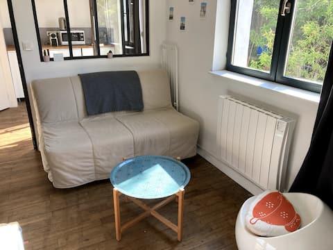 Appartement cosy très au calme, à 10 min du centre