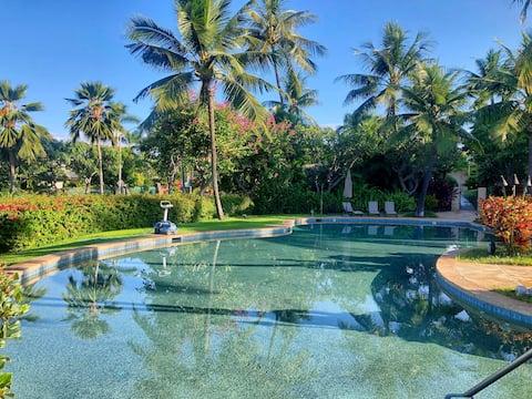 ESCAPE TO MAUI for 6 months! Pool, Gym, A/C, Beach