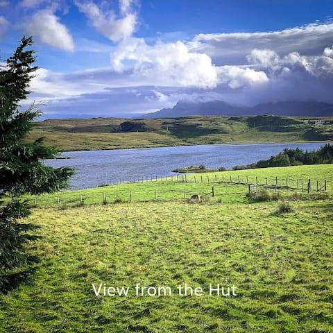 Cabane de berger avec vue sur le vieil homme de Storr