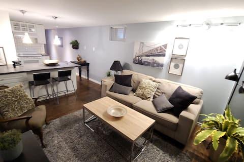 位于渥太华市中心的现代舒适独❤特公寓
