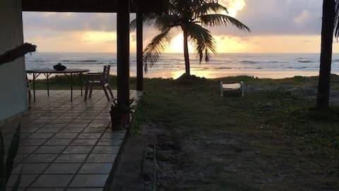 Casa em frente ao Mar na Praia de Lençóis - Una/Ba