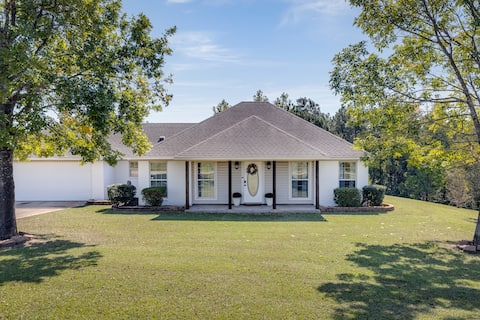3 Bedroom 2.5 Bath Private Countryside Home