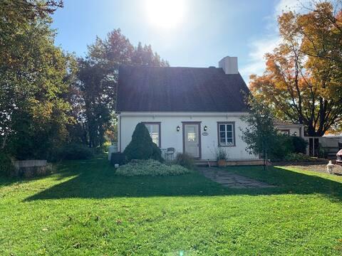 Grand cottage chaleureux à l'Île-d'Orléans