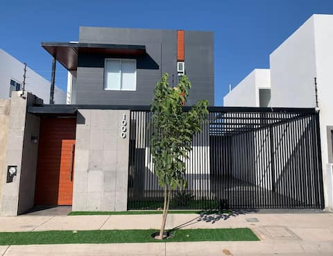 Nice house, located in a very good area.