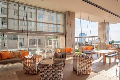 **Holiday Special | Luxury Condo w/ POOL & PARKING