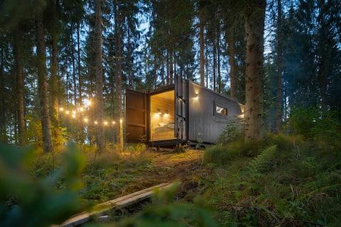 Stylish riverside sauna cabin 30 min from Tallinn