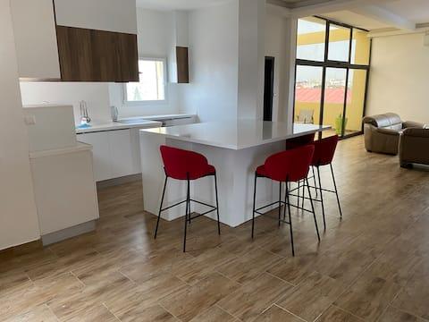 Penthouse 200m² avec balcon et terrasse Dakar