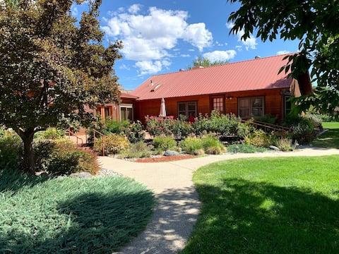 Guest House on 100-acre Colorado Riverfront Ranch