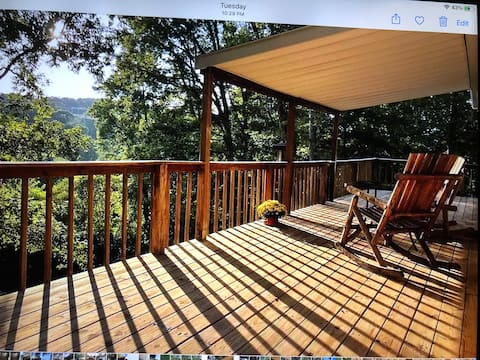 Peaceful 3 bedroom cabin with breathtaking views.