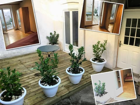 ★ Studio ultra-équipé ★ avec sa terrasse de 15m2