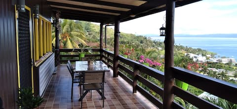 Edna's Place - Beautiful Home With Stunning Views