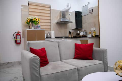 1 bedroom Apartment+Superfast Wifi & 247 Security
