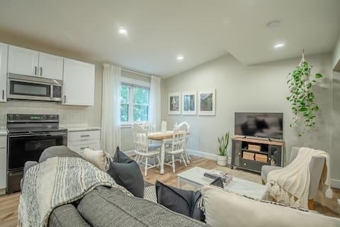 Fresh & Bright Apartment Getaway in New Glarus