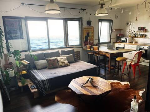 Precioso apartamento con ventanas al mar