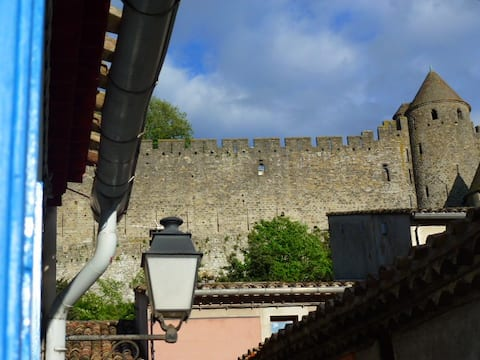 Well-equipped 2-bedroom townhouse in Carcassonne