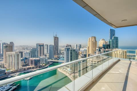 Stunning Sea and Marina Views | 2 Bed Penthouse