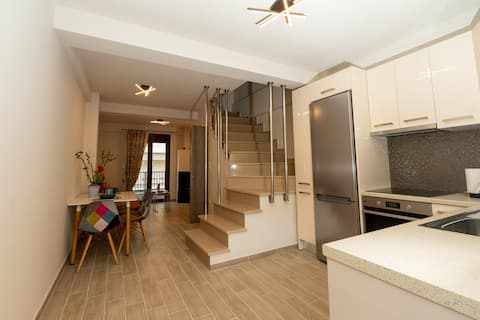 Comfy & stylish apt in Ioannina with fire place