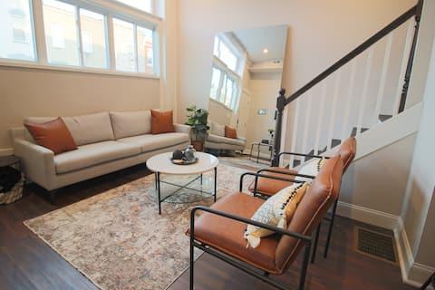 New! Stylish, Modern Row-home! Hopkins/Hampden