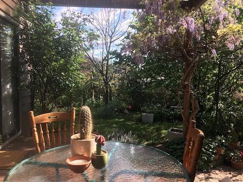Gorgeous garden haven